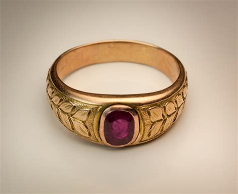 vintage ruby jewelry s ruby and gold ring antique