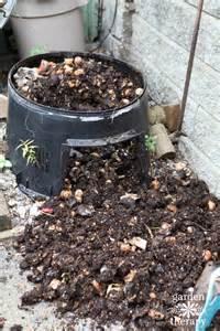 5 reasons to use a compost tumbler aka make compost