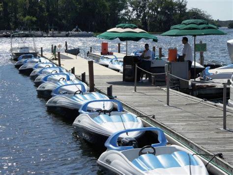 mini boats at disney boating around walt disney world set sail on the seven