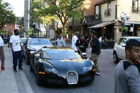 drake cars drake steps out in a bugatti celebrity cars blog