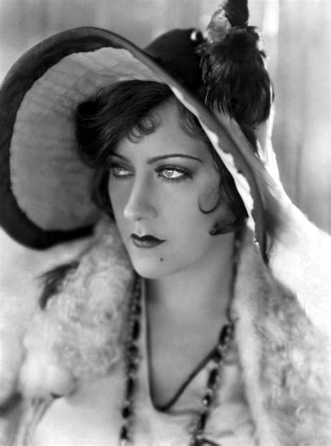 1920s hairstyles that defined the decade from the bob to photos 1920s hairstyles that defined the decade silent