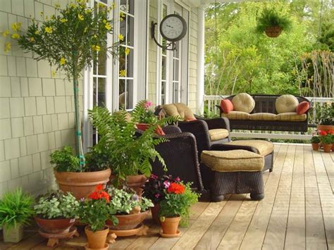 Decorating Patio With Potted Plants by The Versatile Pot Yard Ideas Yardshare