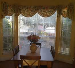 Bay Window Kitchen Curtains How To Choose The Right Curtains Blinds Shades And Window Treatments For Your Doors And Windows