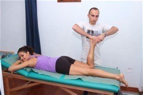 fastidio interno ginocchio distorsione menisco e dei legamenti ginocchio tempi