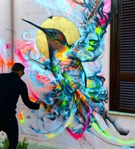 enormes murales  llevan el arte urbano  otro nivel