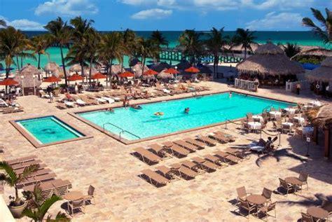 2 Bedroom Suites In Orlando newport beachside hotel and resort 2 3 8 81