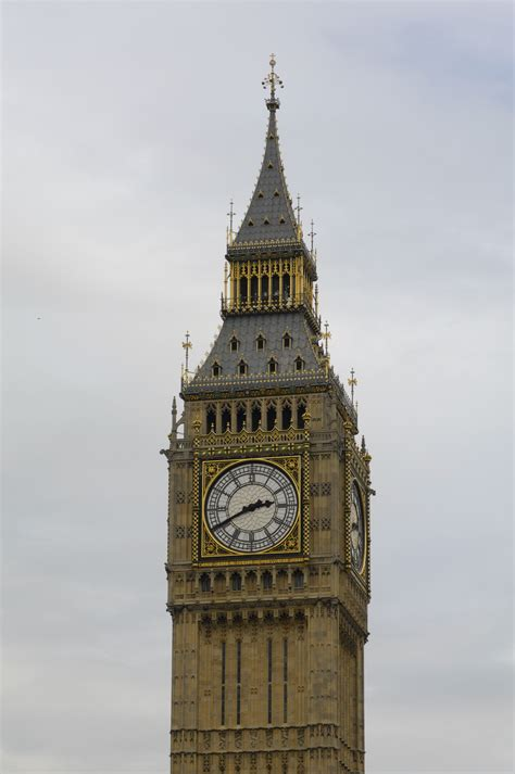 london clock tower file big ben clock tower london 2009 04 jpg wikimedia