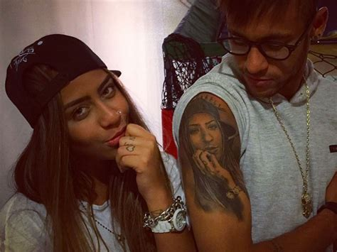 neymar reveals new tattoo of his sister s face on his arm