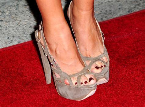 sofia vergara toes sofia vergara tight dress evening with modern family 3