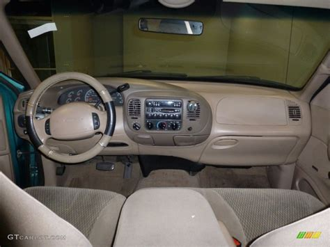 1997 Ford Expedition Interior by 1997 Pacific Green Metallic Ford Expedition Xlt 4x4