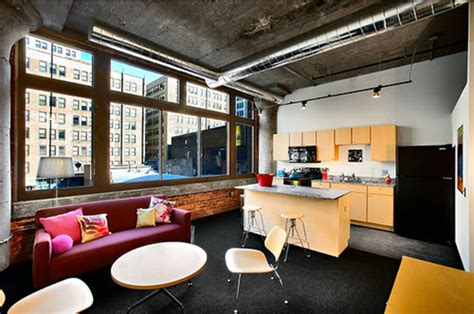 columbia college chicago housing columbia college chicago students images