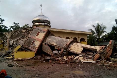 earthquake just now in indonesia magnitude 6 5 earthquake hits indonesia s aceh province