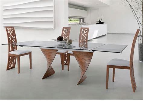 sedia arredo issa sedia design in legno con schienale lavorato