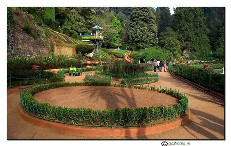 Ooty Botanical Gardens Go2india In Ooty Botanical Garden Viewers Point Photo Front View