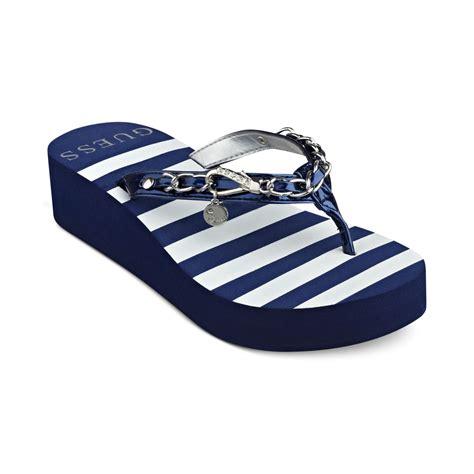 Lu Flip Flop guess ericalu platform flip flops in blue lyst