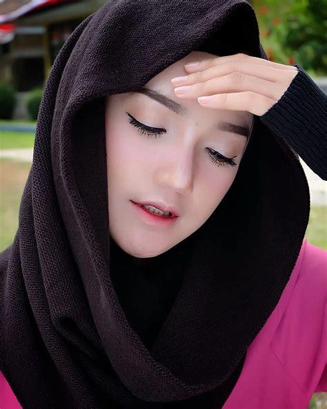 Jilbab Instan Satin Velvet Grosir Jilbab Syari Rozz Murah 28 Images Grosir Jilbab