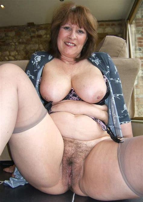 A Big Beautiful Classy Mature Vagina Mature Porn Pics