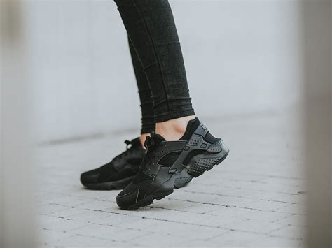 huarache run sneaker s shoes sneakers nike huarache run gs 654275 016