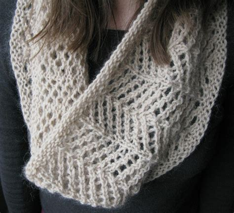 easy lace cowl knitting pattern four row repeat knitting patterns in the loop knitting