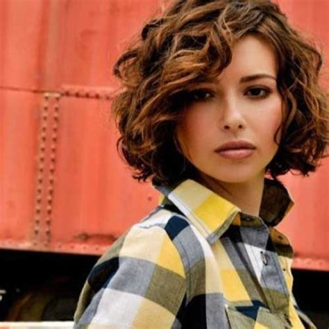how to curl chin length bob overnight 25 short and curly hairstyles short hairstyles 2017