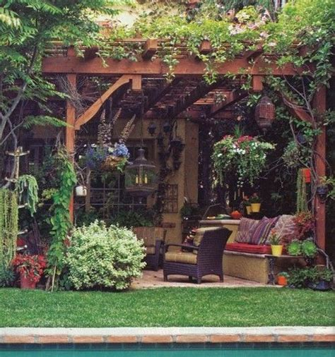 Cool Ideas For Backyard Great Patio Ideas Side And Backyard Idea Patio Design Interior Design