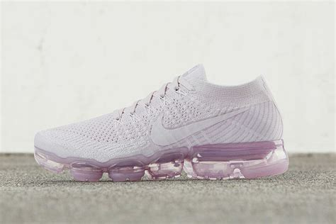 imagenes nike vapormax nike to release air vapormax day to night collection xxl