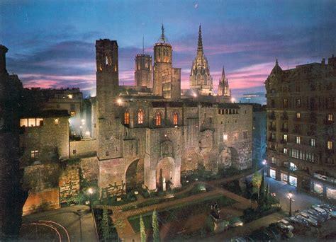 barcelona quarters the gothic quarter in ciutat vella barcelona barcelona home