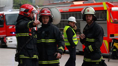 marvesa derrota al hospital salvador bomberos acude al hospital salvador por quot posible intoxicaci 243 n con cianuro quot cooperativa cl