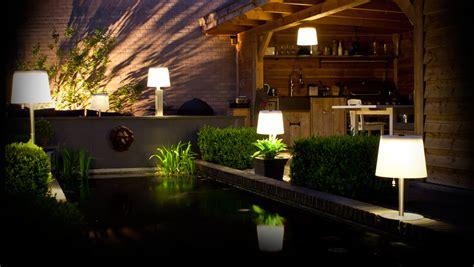 lade da esterno a led 8 maneras de iluminar tu jard 237 n o terraza ideas