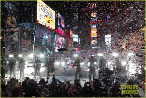 new year performance sized photo of demi lovato new years performance