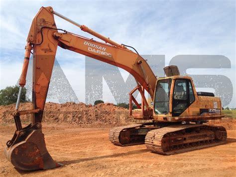 doosan s225lc v excavator drives