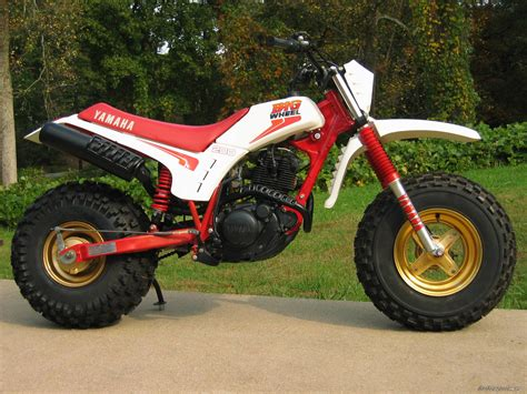 Honda Big Wheel by Big Wheels Chin On The Tank Motorcycle Stuff In
