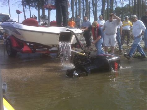 nitro bass boat drain plug 17 best images about cool boats on pinterest bass boat