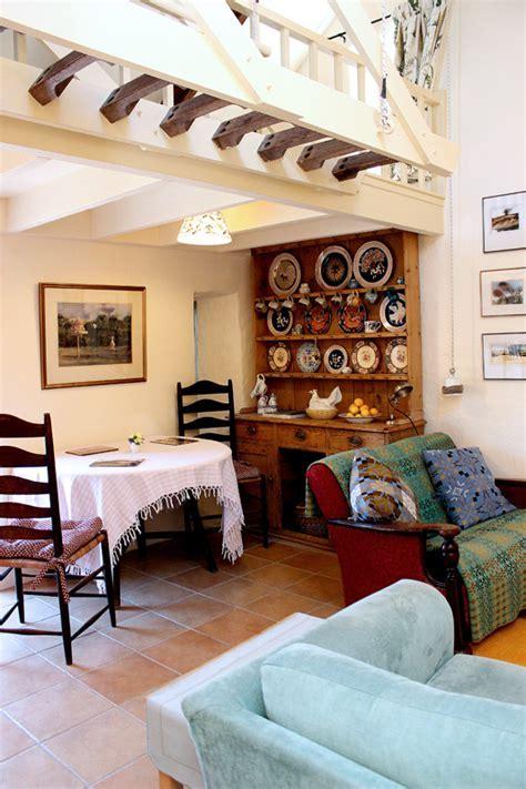 Cottage Gallery for Dyffryn Fernant Garden, Pembrokeshire