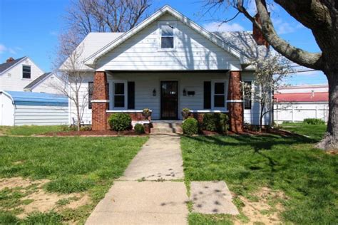 houses for rent owensboro ky 27 colonial court owensboro ky 42303 for sale homes com
