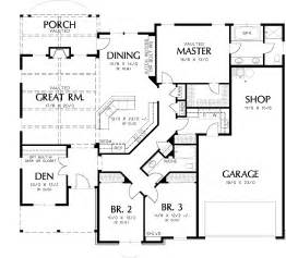 one story plan with car garage traditional style house beds baths