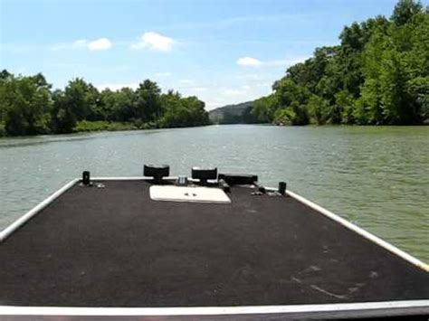 jet jon boat youtube quot dash cam quot jet john boat gasconade river jon boat youtube