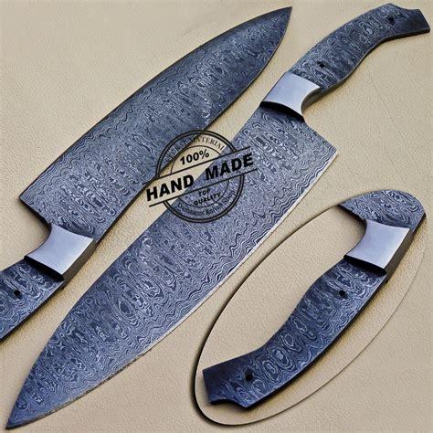 professional damascus finger knife custom handmade