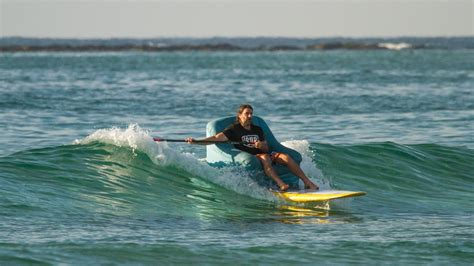 couch surfing gold coast sup surfing lizard island totalsup