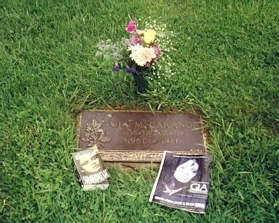how did josh ryan evans die the gravesite of gia garangi celebrities who died young