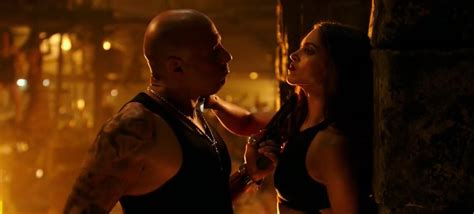 film bagus hot preview film xxx return of xander cage 2016 edwin