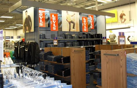 Kaiserslautern Furniture Stores by Aafes Opens World S Largest Base Exchange In Ramstein The