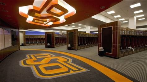 arms race the top locker rooms in college football