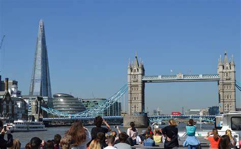 thames river cruise golden tours afternoon tea cruise on the river thames golden tours