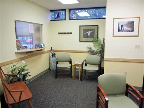 chl waiting room seacoast waiting room 1 seacoast therapy
