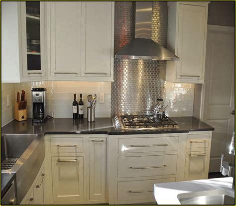kitchen backsplash for white cabinets white kitchen cabinets backsplash ideas quicua com
