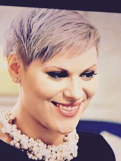 ellie from love lust or run haircut hair on pinterest undercut pixie ginnifer goodwin and