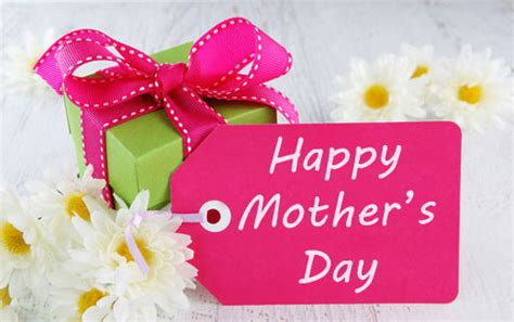 best mothers day gifts the best mother s day gifts to surprise your mom in india