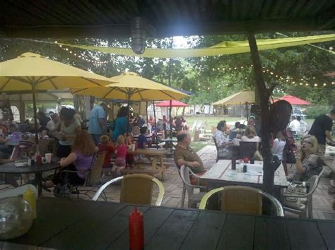 Patio Restaurants In Houston by Pin By Ward On Houston Restaurants Burgers And