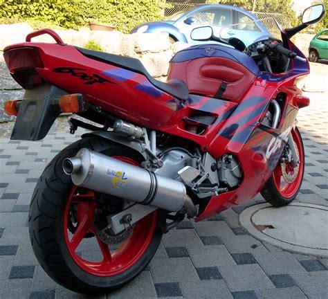 Honda Cbr Pc25 Aufkleber by Www Cbrforum De Thema Anzeigen Der Quot Red Arrow Quot Meine